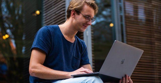 izbor na laptop